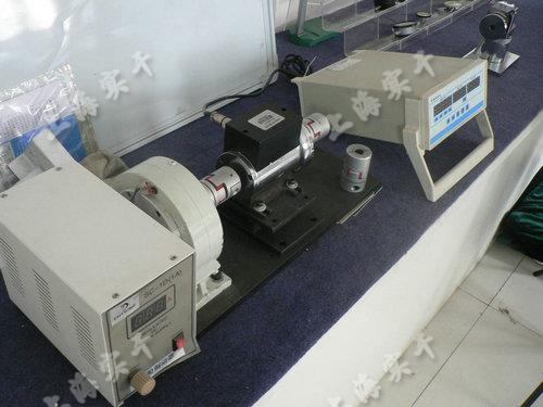 凸轮轴扭矩测量装置